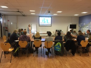 Deelnemers tijdens presentatie en workshop Stress inZicht©